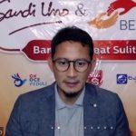 SANDIAGA DI NGAZOOMBURIT OK OCE : BUDAYA GOTONG ROYONG INDONESIA JADI PERTAHANAN JITU DI TENGAH PANDEMI COVID-19